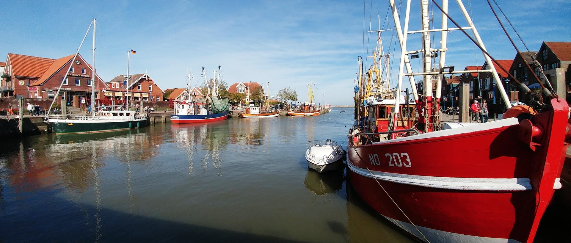 Neuharlingersiel Hafen Kutter